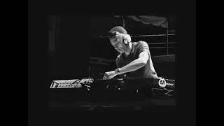 getlinkyoutube.com-Jeff Mills Live @ BBC Radio One Essential Mix (07.06.1998)