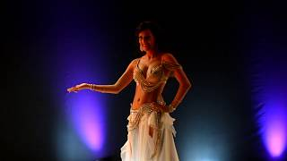 getlinkyoutube.com-Bellydancing JASIRAH - Drum Solo This Girl She is insane ! Subscribe !!!