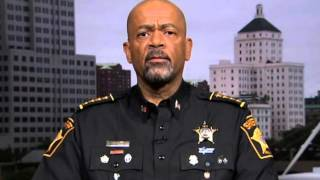 getlinkyoutube.com-Sheriff David Clarke Defense of Ammon Bundy