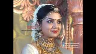 getlinkyoutube.com-Malayalam Actress Samvrutha Sunil Marriage - Full Video