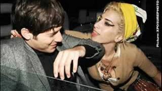 getlinkyoutube.com-Mark Ronson Ft. Amy Winehouse - Valerie