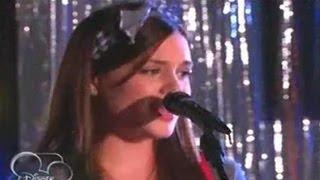 """getlinkyoutube.com-Violetta 2 : Lara le canta """"Voy por ti"""" a León en el Karaoke - Capitulo 64"""