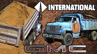 getlinkyoutube.com-GMC Detroit Diesel and International CAT 3406 Dump Trucks Dumping Sand