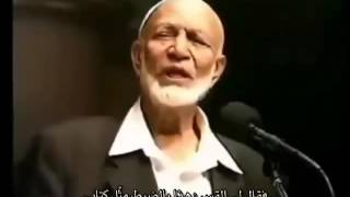 The priest who bent in shame before the preacher Ahmed Deedat