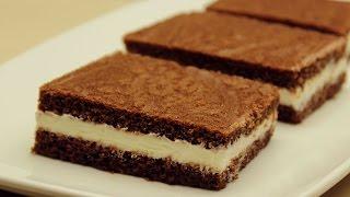 getlinkyoutube.com-Süt Dilimi Tarifi - Kakaolu Kekiyle Süt Kremalı Yaş Pasta