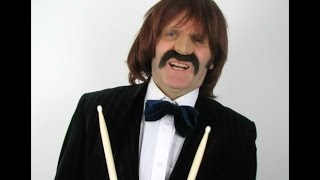 getlinkyoutube.com-THE ONE MAN BEATLES - Beatles Parody - Ringo becomes their Drummer