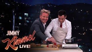getlinkyoutube.com-Gordon Ramsay Makes Scrambled Eggs