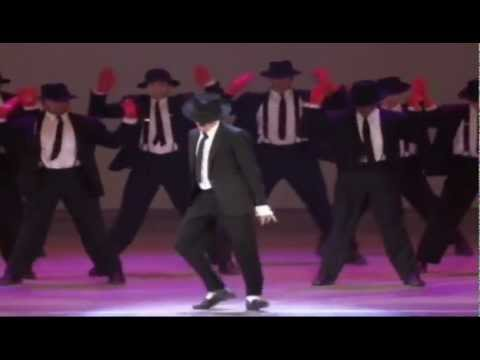 Michael Jackson Dangerous Moonwalk
