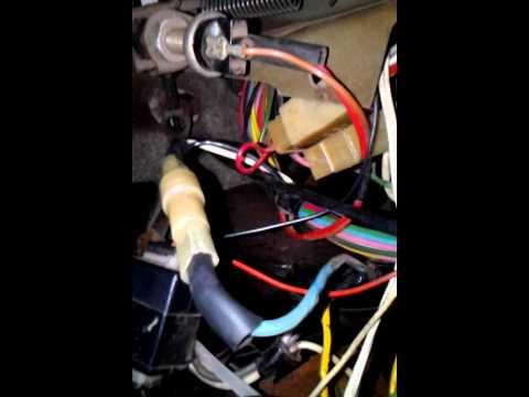 Расположение у ЗАЗ Таврия предохранителя вентилятора охлаждения