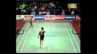 getlinkyoutube.com-Badminton 2003 Sudirman Cup MS [Bao Chunlai vs Taufik Hidayat]