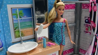 barbies glamour bathroom. barbi  kids toy. Fun World For Children. part one !