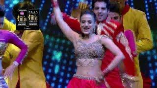 IIFA Awards 2016: Ameesha Patel's stunning performance, watch video | Filmibeat