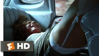 getlinkyoutube.com-Romeo Is Bleeding (9/12) Movie CLIP - Femme Fatale (1993) HD