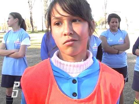 5 Chicas futbol femenino - Pasion por el Deporte 5 Julio