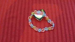 DIY Cómo hacer una pulsera con flores de chaquirones / mostacillas