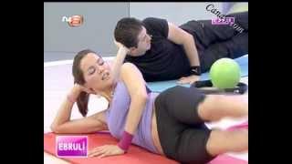getlinkyoutube.com-Ebru Şallı Sexy Plates Hareketleri