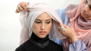 getlinkyoutube.com-Style: How to wear Hijab for work