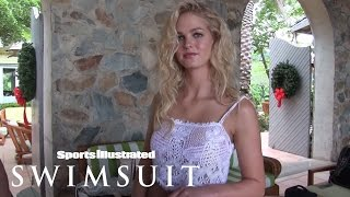 getlinkyoutube.com-Behind The Tanlines: Erin Heatherton & Rose Bertram | Sports Illustrated Swimsuit 2015