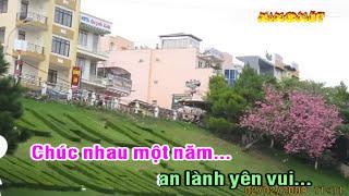 getlinkyoutube.com-[Beat Karaoke] Tết là tết