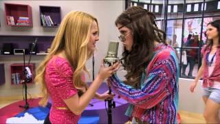 getlinkyoutube.com-Violetta - Pojedynek Ludmiły i Camili. Odcinek 1. Oglądaj w Disney Channel!