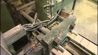 getlinkyoutube.com-Как это работает - брикеты топливные ШАЛАШ