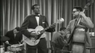 getlinkyoutube.com-Chuck Berry - LITTLE QUEENIE - 1959 HQ!