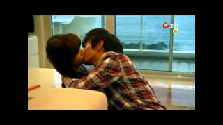 getlinkyoutube.com-Yoo Seung Ho Kiss+Behind the Scene Collection Kang Sora Jiyeon UEE Park Eun Bin