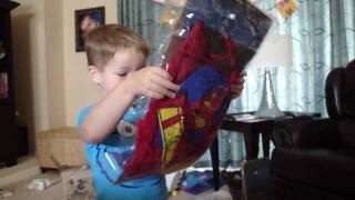 getlinkyoutube.com-Superman Costumes