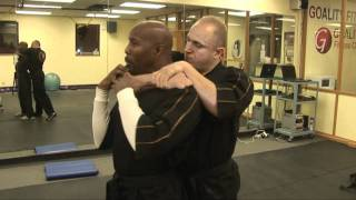 getlinkyoutube.com-How to get out of a Choke Hold ! Street fighting