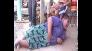 getlinkyoutube.com-บุรีรัมย์ แม่เด็กอ้วนวอนช่วยลูกวัย 16 ปี หนัก 130 กก