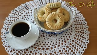 getlinkyoutube.com-Kaak Ennakach aux datte recette Algerienne/Cakes filled with dates/كعك النقاش بالتمر