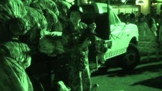 USJハロウィーンホラーナイト2013初日 死体袋とゾンビと兵士あり。