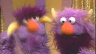 getlinkyoutube.com-Classic Sesame Street - The How Many Game??