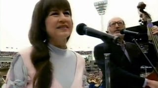 getlinkyoutube.com-Seekers - I Am Australian, Waltzing Matilda, Georgy Girl (Live, 1994) + Advance, Australia Fair