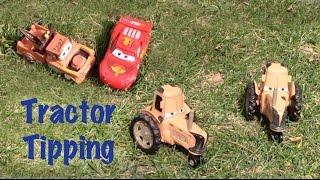 getlinkyoutube.com-Tractor Tipping - Lightning McQueen & Mater CARS Movie Frank Ramone Flo