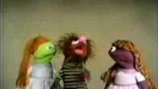 getlinkyoutube.com-Sesame street- MANAMANA - Original 1969 version.flv