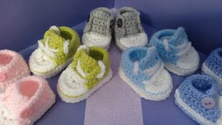 getlinkyoutube.com-How to crochet my easy petite baby converse style slippers part 1