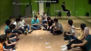 getlinkyoutube.com-130727 Game~ (tickling Seungcheol and Jihoon)