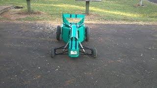 getlinkyoutube.com-Carrinho RC motor 2 tempos caseiro
