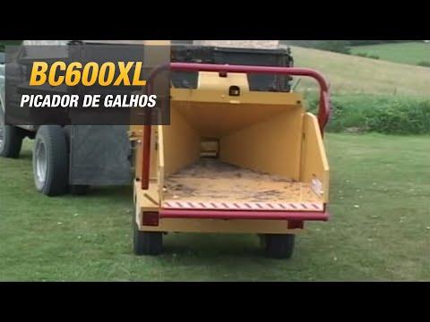 Vermeer BC600XL, picador de galhos, triturador florestal, picador de madeira, forragem, folhagem