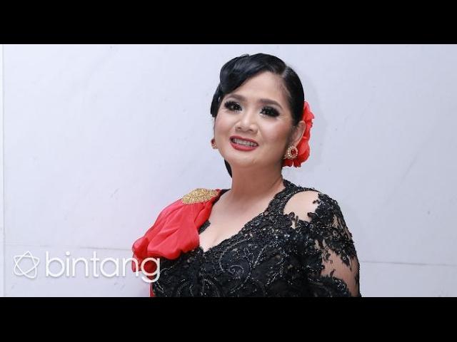 SATU DALAM NADA CINTA - VINA PANDUWINATA karaoke ( tanpa vokal ) cover
