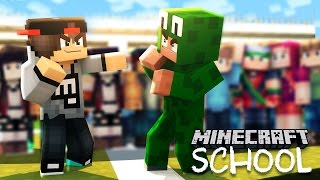 getlinkyoutube.com-Minecraft School - LITTLE LIZARD GETS INTO A FIGHT WITH THE BULLY!