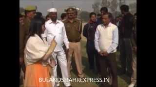 getlinkyoutube.com-another viral video of DM Bulandshahr B.Chandrakala