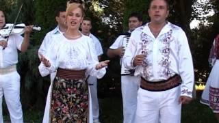 getlinkyoutube.com-Mirela Petrean si Ducu Caraneant - Am trait s-apuc si ziua