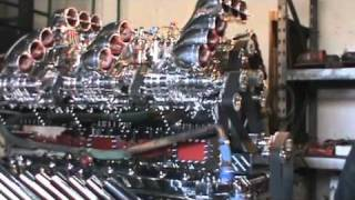 getlinkyoutube.com-Mike Harrah and His Detroit V24 - 71 Diesel Engine 3424 Horse Power