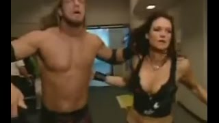 getlinkyoutube.com-Kane chases Edge and Lita