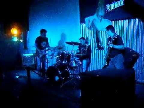El 38 (cover de Divididos) 3 Tiros Rock