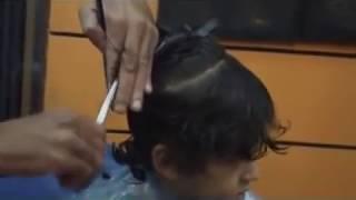 getlinkyoutube.com-قص شعر الاطفال من صالون عبدو حيدو