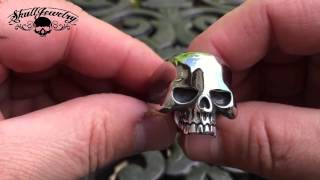 getlinkyoutube.com-keith richards skull ring