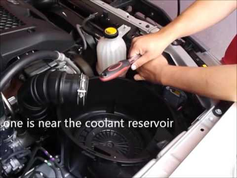 How to remove Air filter from TOYOTA Fortuner / Hilux / Innova / Hilux SW4